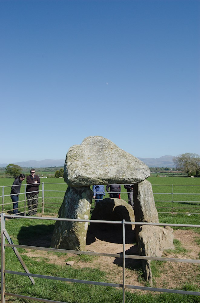 Photo of Bodowyr burial chamber on Anglesey