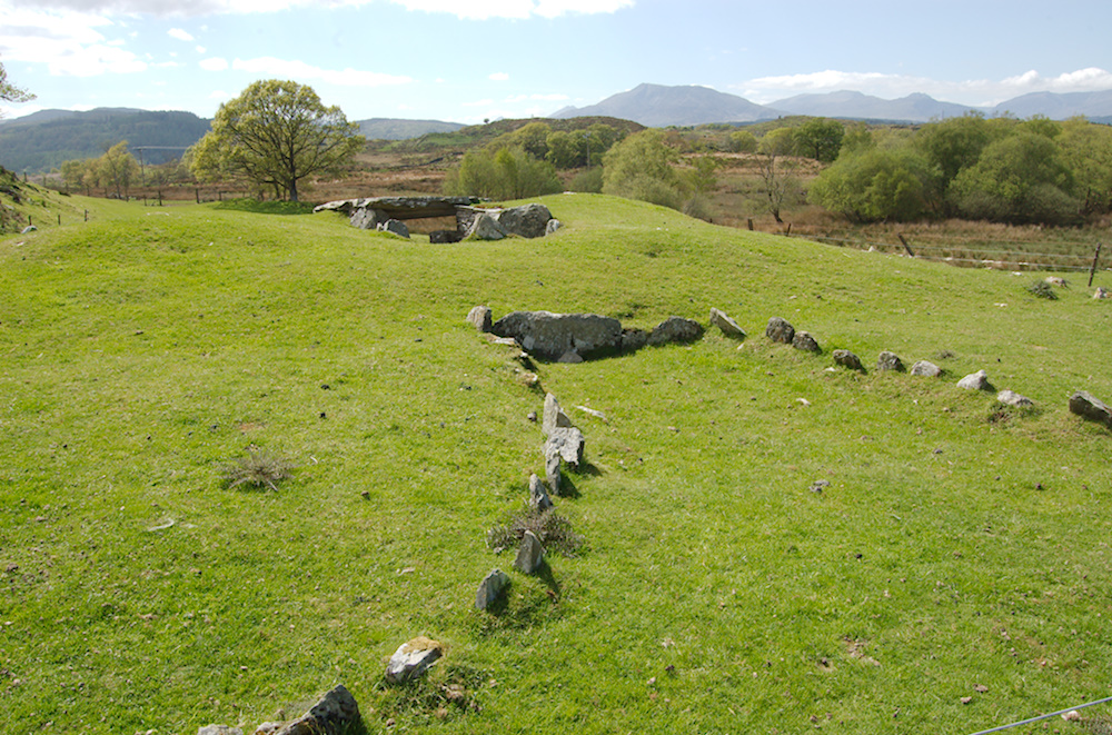 Photo of Capel Garmon burial chamber